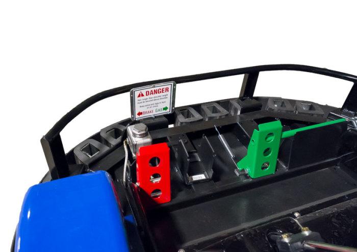 features_go kart_JJ-Amusements_color-coded-pedals